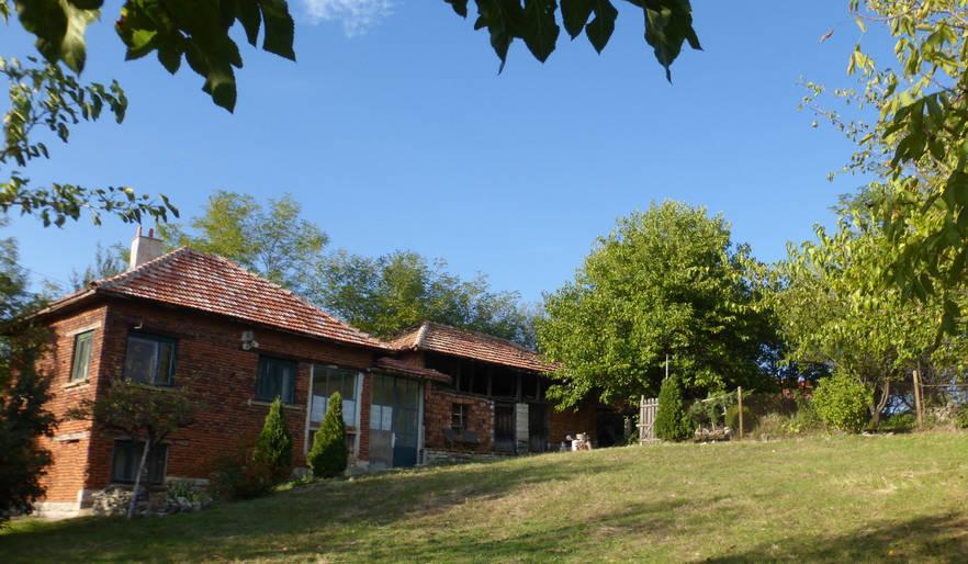 The house, barn and sunny garden :)