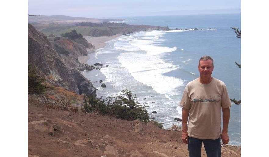 Pacific Ocean north of Cambria, CA 2015